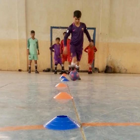 Le football a été ajouté au curriculum de l'école pour enfants des rues.